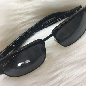 Ray-Ban Accessories - Polarized Ray-Ban Sunglasses 🕶
